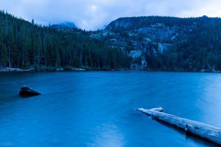 "Rocky Mountain Nationalpark: ""Bear Lake"" kurz nach Sonnenuntergang"