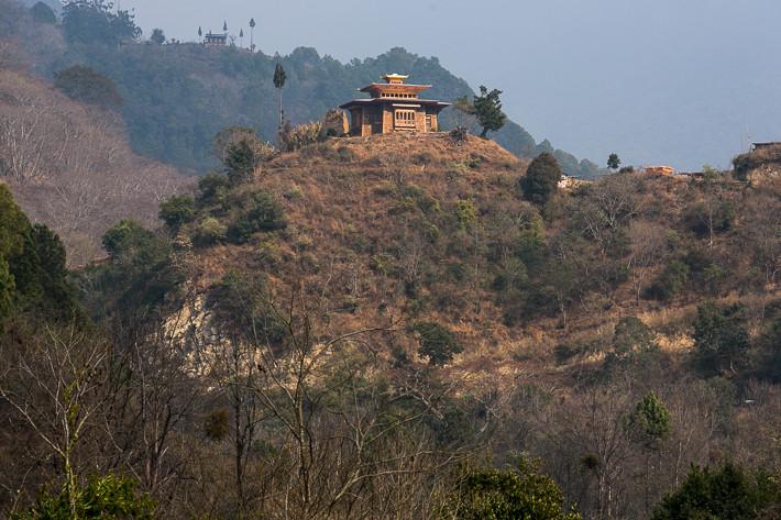 Tempel auf dem Weg ins Gangtey Tal.