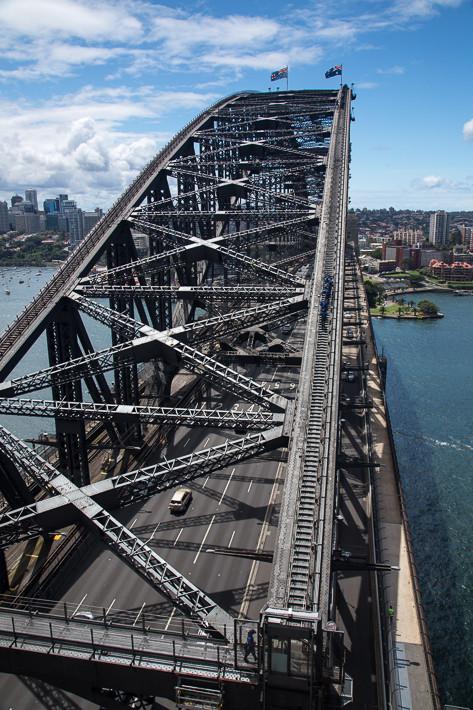"""Blick vom """"Pylon Lookout"""" auf den Brückenbogen!"""