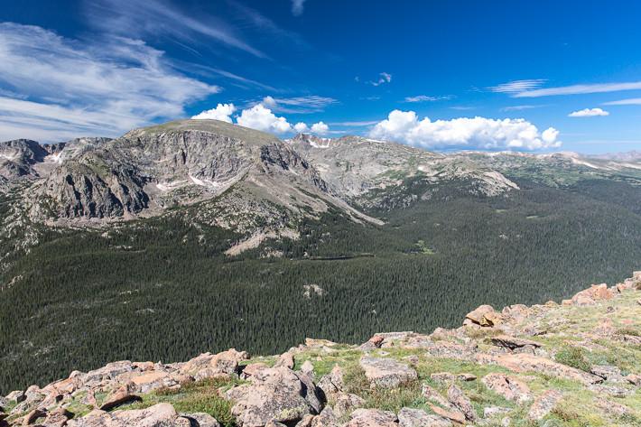 Mount Terra Tomah (3876 m), Mount Ida (3926m) und Gore Range, im Vordergrund der Forest Canyon