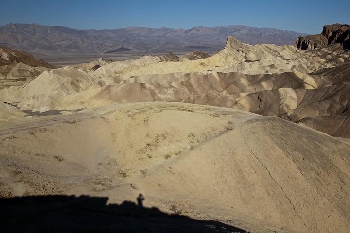 Der Zabriskie Point ist ein Aussichtspunkt im Gebiet des Gebirgszugs der Amargosa Range.
