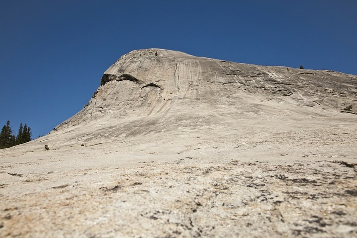 Lembert Dome (240m)