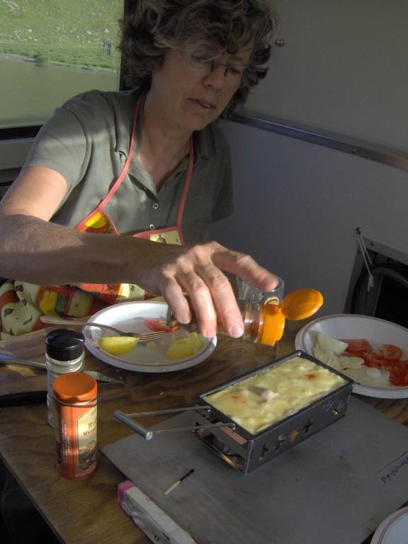 stärkten wir uns mit einem feinen Raclette