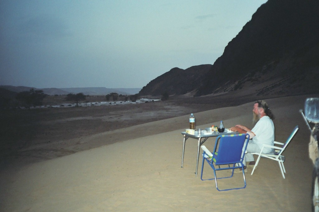Flussszenen in der Wüste