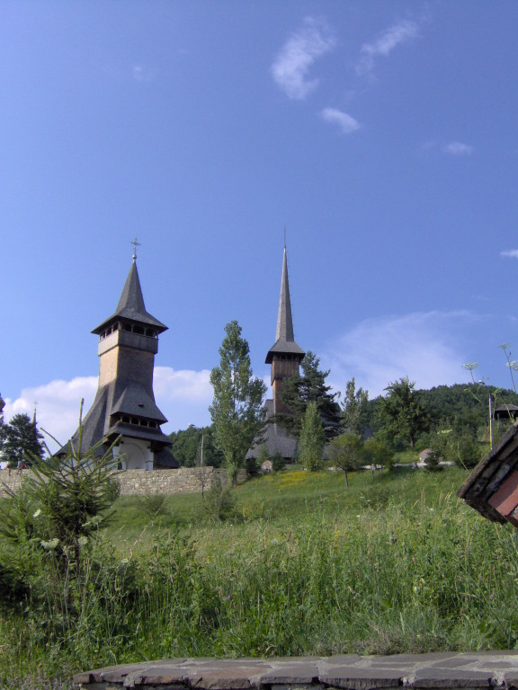 Und immer wieder die renovierten Kirchen ... äusserst erstaunlich.
