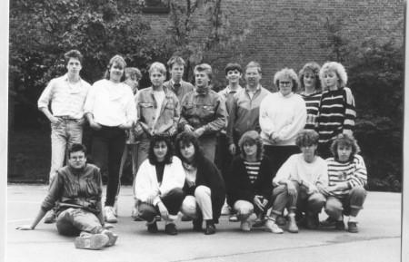 Klasse 10 A2 - Entlassjahrgang 1988  - Klassenlehrer: Paul Vogel
