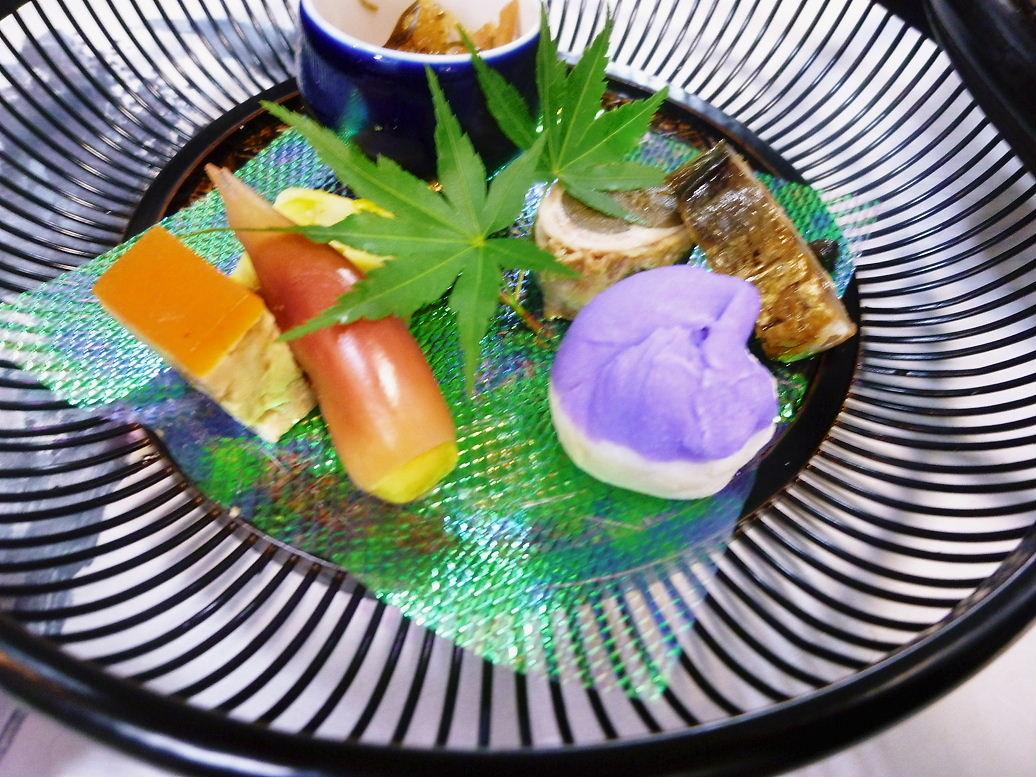 籠盛前菜七種