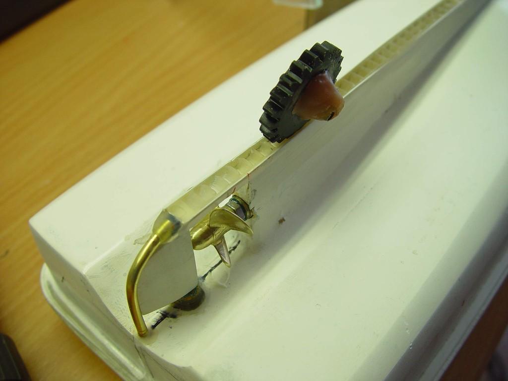 Fertigung der Zahnradschiene für die TB-Aufnahme