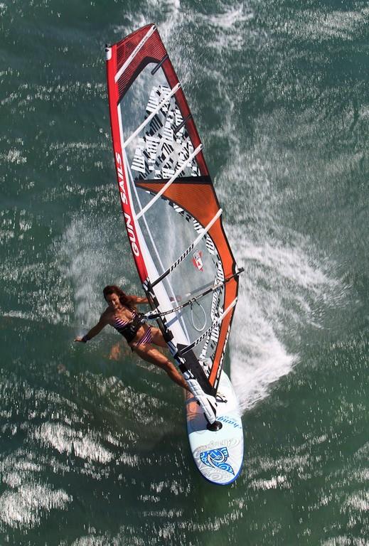 Kanaha, Hawai'i, para catalogo Gun Sails 2012, Jerome Houyvet