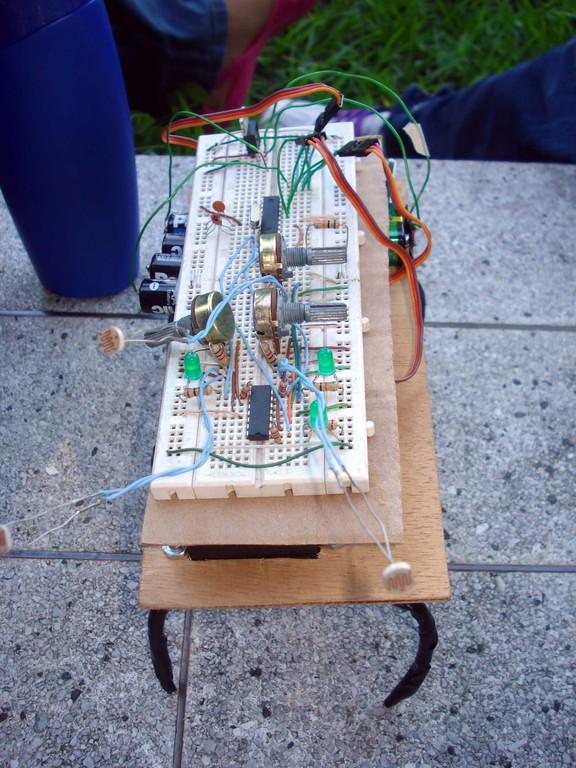 araña robot, segundo puesto