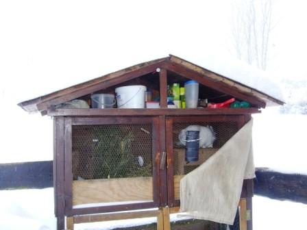 Der Kaninchenstall im Winter