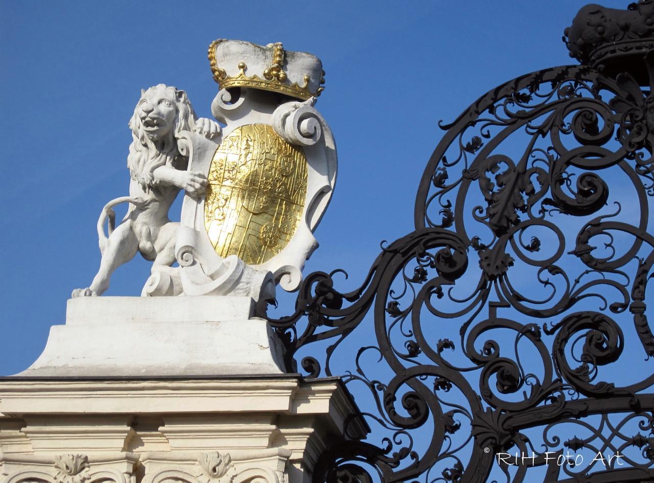 Wappen d. Prinzen EUGEN   Wien Belvedere