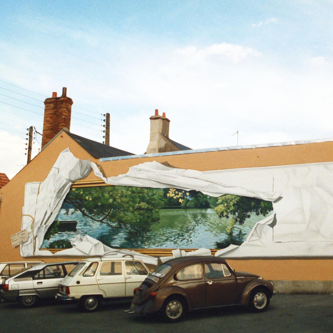 le tableau emballé - Olivet - 1988 - premier prix du concours