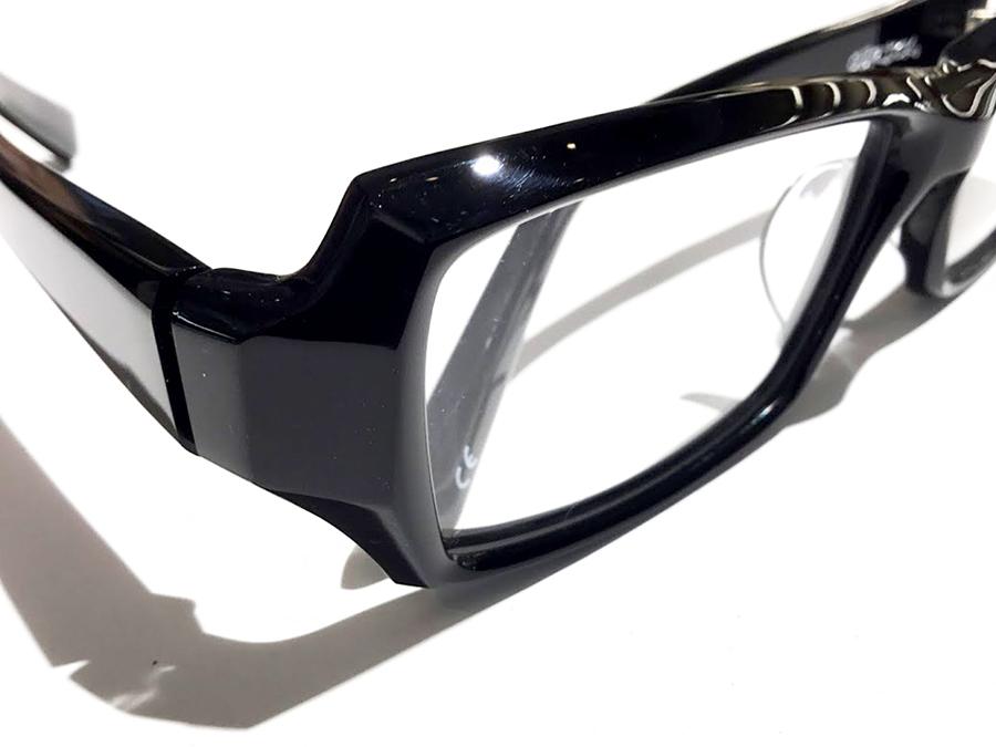 BTY9601 col.Shiny Black