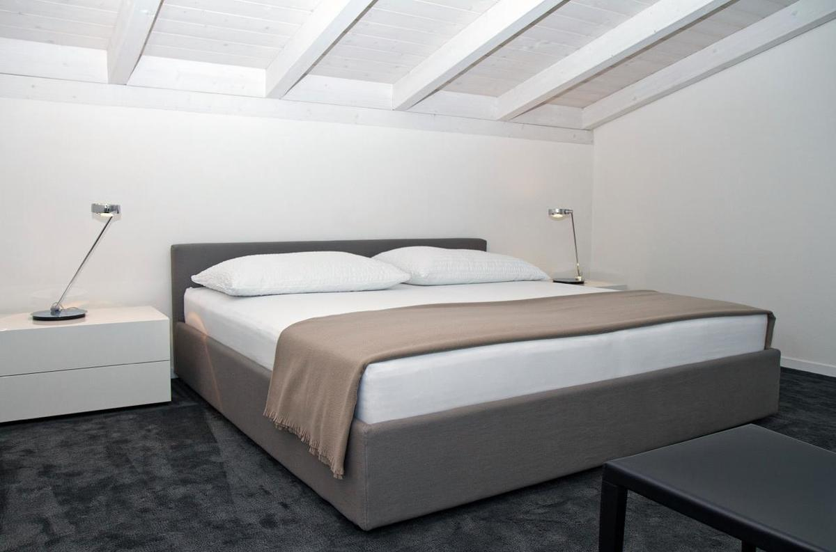 Schlafzimmer Dachstockausbau Zürich