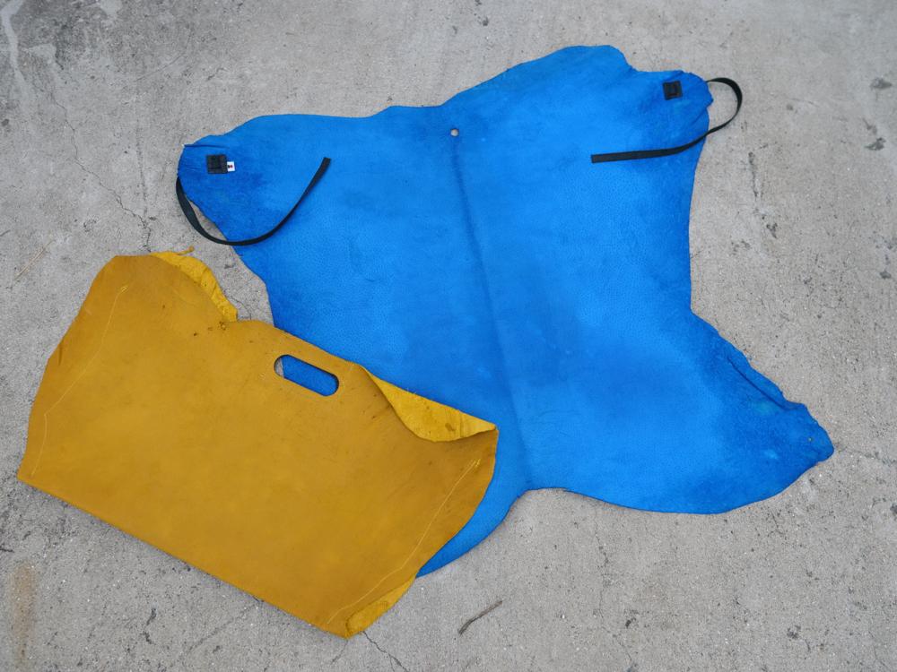 レモンを食べて育ったレモン島の猪レザーで作ったキャンプマント&バッグ