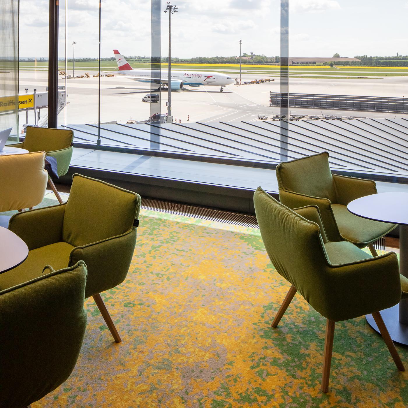 AUA Lounge, Axminster