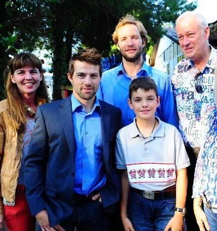 Mannschaftspräsentation 2013: v.l.n.r.: meine Mutter, Simon Rytz (Goalie), Christian Moser (Verteidiger), ich und mein Vater