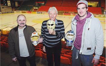 Olivier Anken, Georges Ponti und Reto Berra mit ihren Masken
