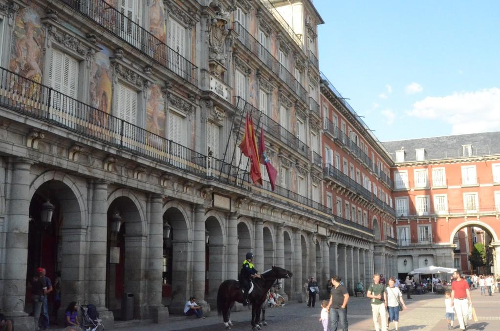 Madrid, Plaza Mayor (1590-1619), Casa de la Panadería (Backhaus)