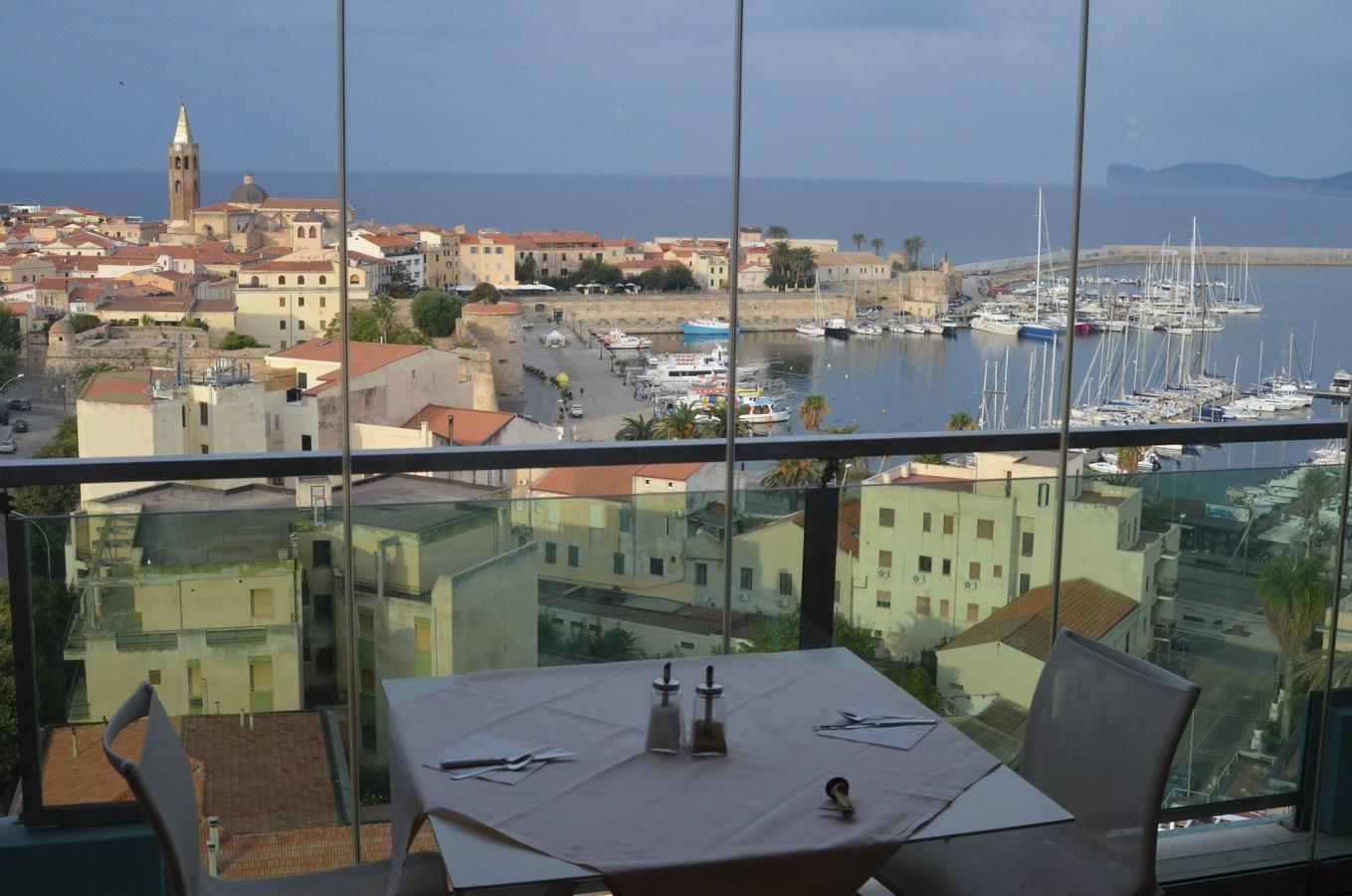 ... und hier der Blick aus dem Frühstücksraum unseres Hotels