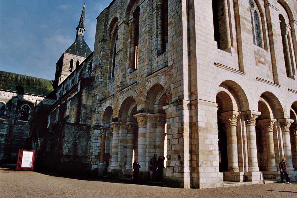 Saint-Benoît-sur-Loire, Abteikirche