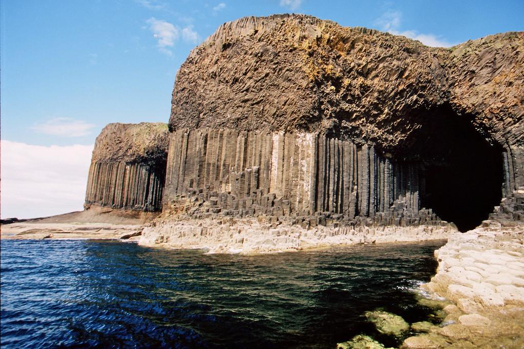 Staffa, Fingal's Cave und Westseite
