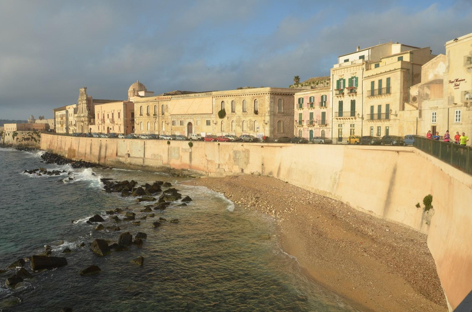 Syrakus, Blick vom Hotel auf die Altstadt