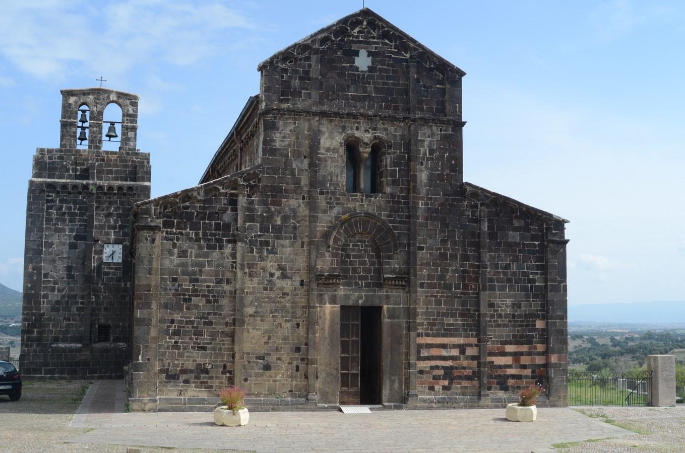 Ardara, Romanische Kirche Santa Maria del Regno ...
