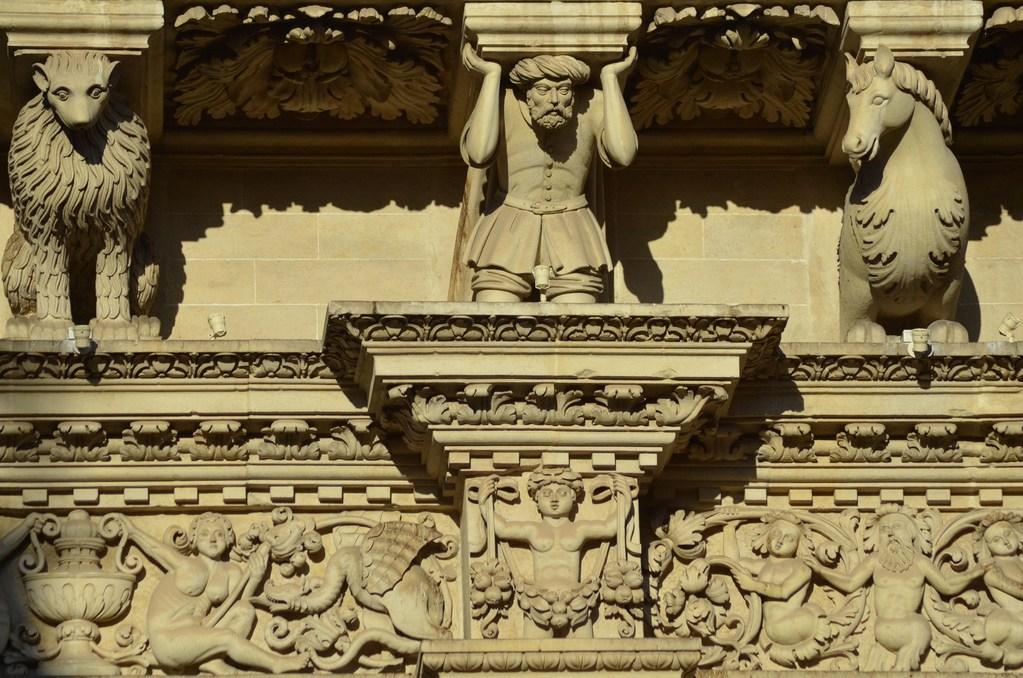 Lecce, Fassade von S. Croce, Gebälk