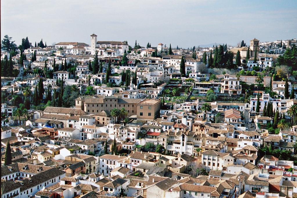 Granada, Blick von der Alhambra auf den Sacromonte