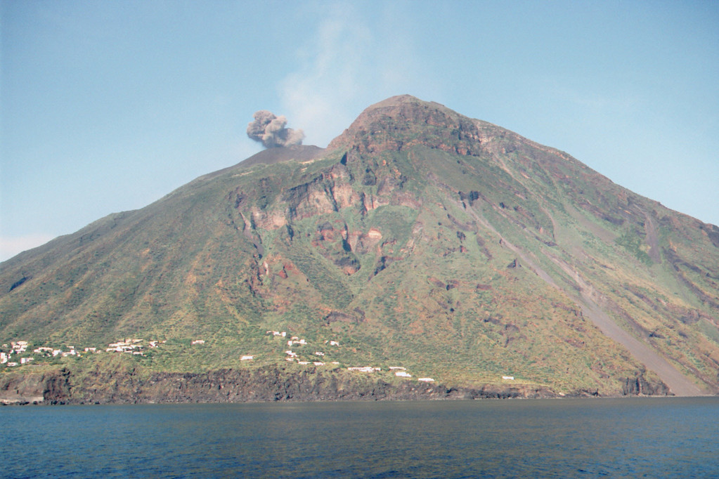 Stromboli, Eruption 2