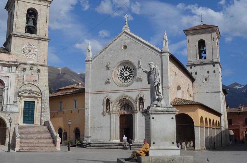 Norcia, Piazza San Benedetto