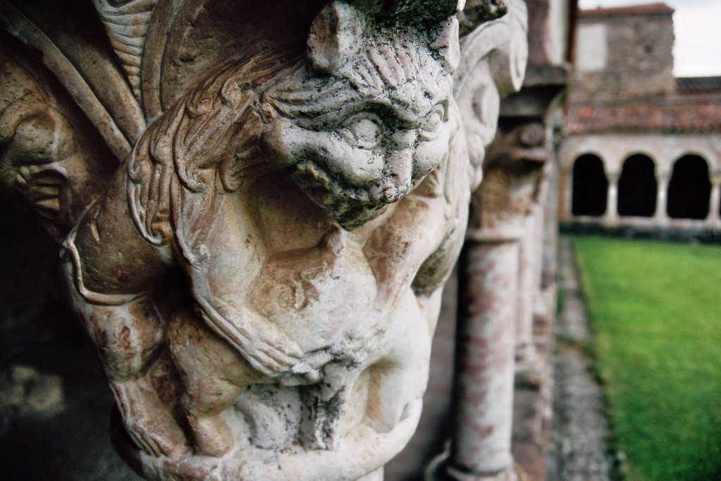 Saint-Michel-de-Cuxa, Kapitell