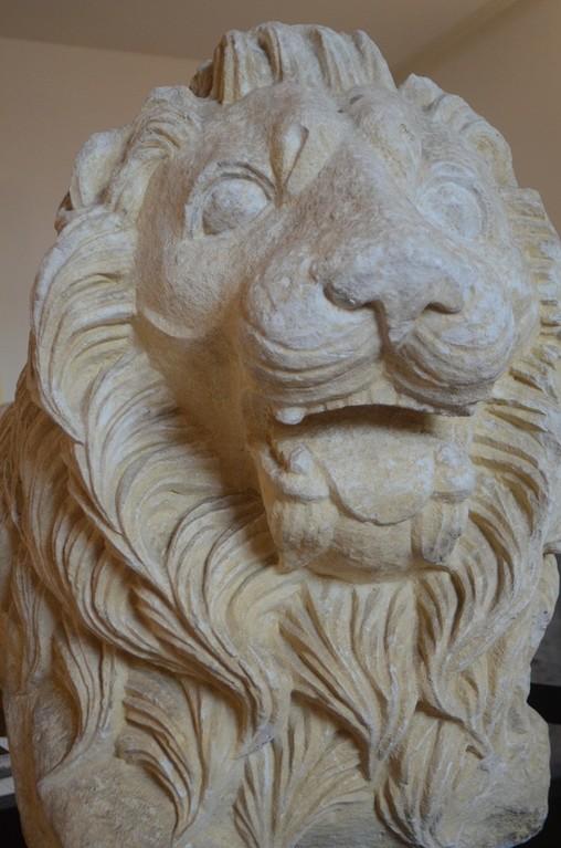 Carsulae, Löwe (1./2. Jh. n.Chr., als Grabwächter?)