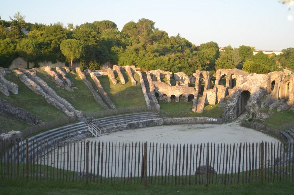 Saintes, Römisches Amphitheater