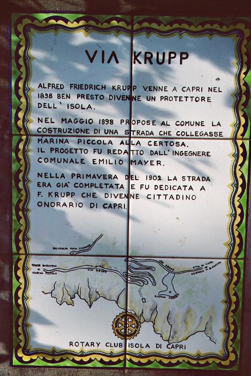 Capri, Hinweisschild auf Via Krupp