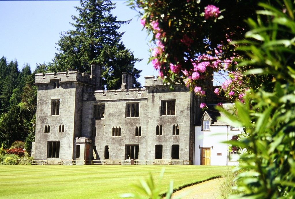 Isle of Skye, Armadale Castle