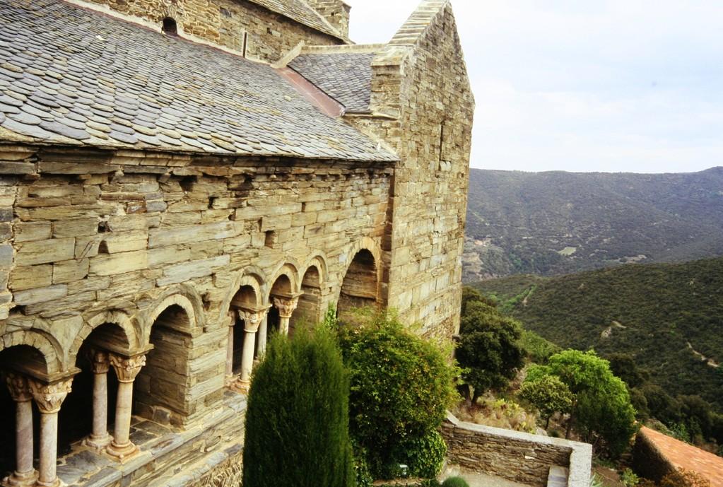 Kloster Serrabone mit Resten des Kreuzganges