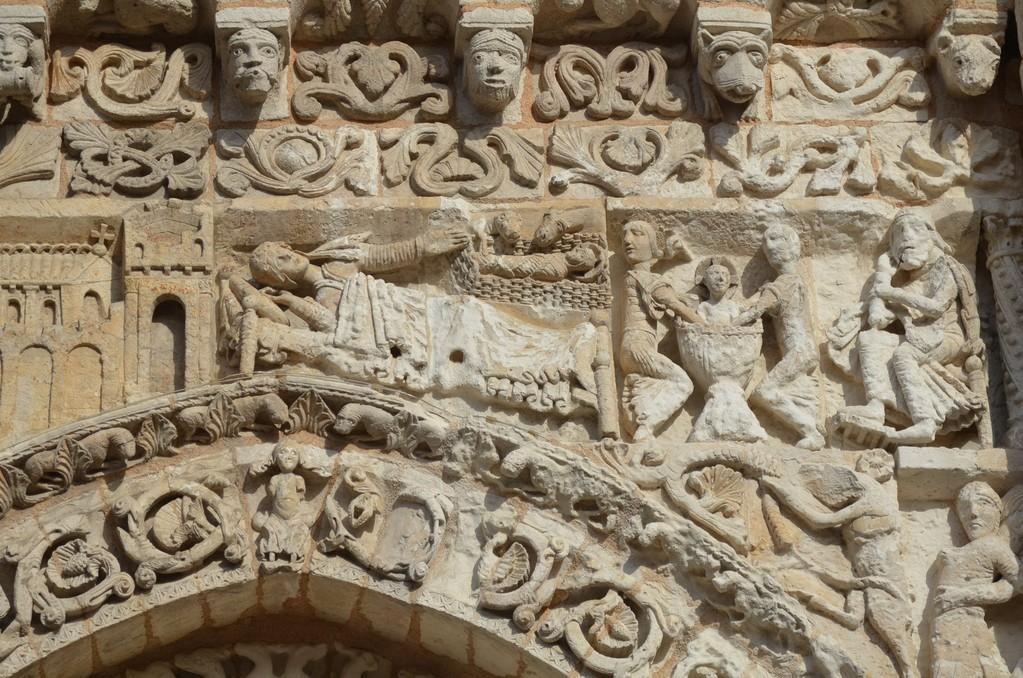 Poitiers, Sainte-Marie-la-Grande, Portal (Ausschnitt)