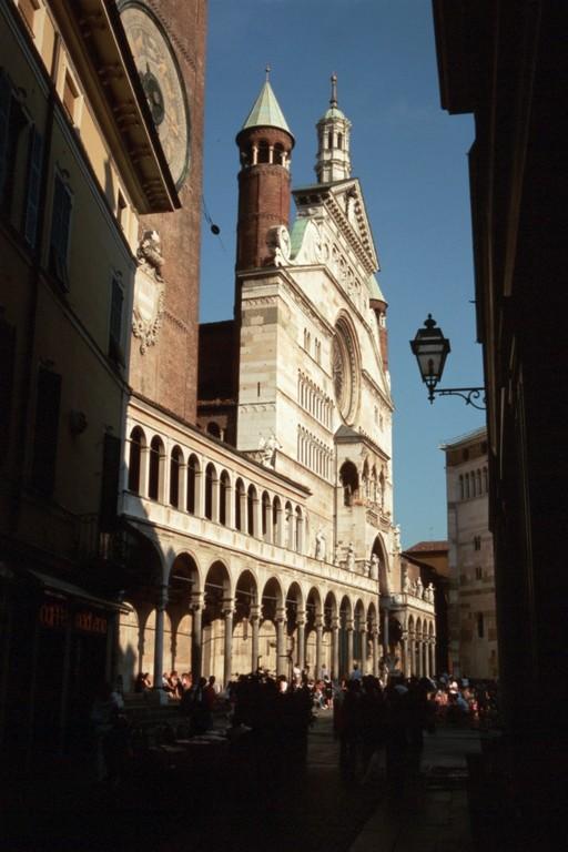 Cremona, Domfassade