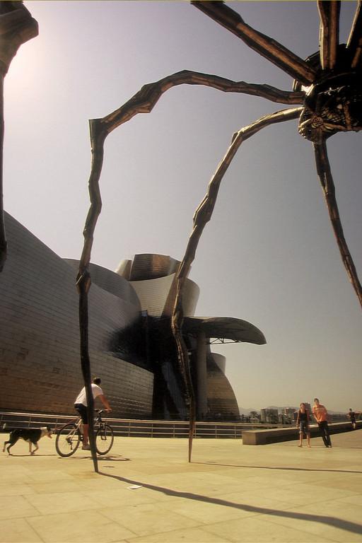 Bilbao, Spinne am Guggenheim-Museum (Louise Bourgeois)