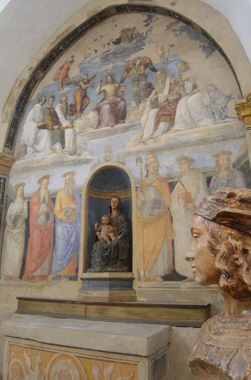 Perugia, Oratorium San Severo mit Büste Raffaels