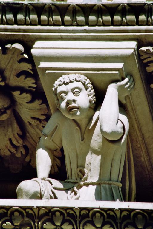 Lecce, Fassade von S. Croce, Mohr als Karyatide
