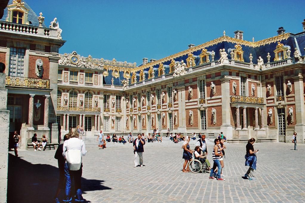 Château de Versailles, Cour d'Honneur