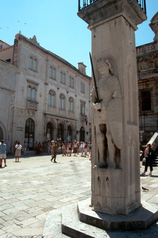 Dubrovnik, Rolandsstatue
