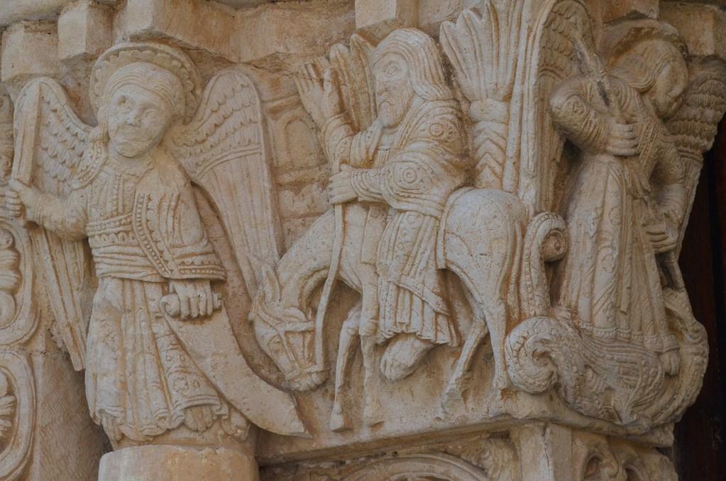 San Leonardo di Siponto, Kapitell (Bileam und der Esel)