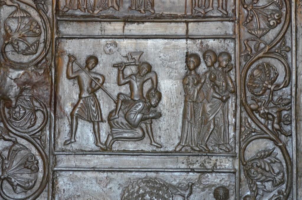 Gnesen, Bronzetür des Domes, Martyrium des hl. Adalbert