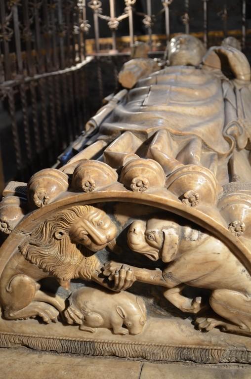 Salamanca, Alte Kathedrale (Capilla de San Bartolomé), Grabmal des Don Diego de Anaya y Maldonado (1357-1437)