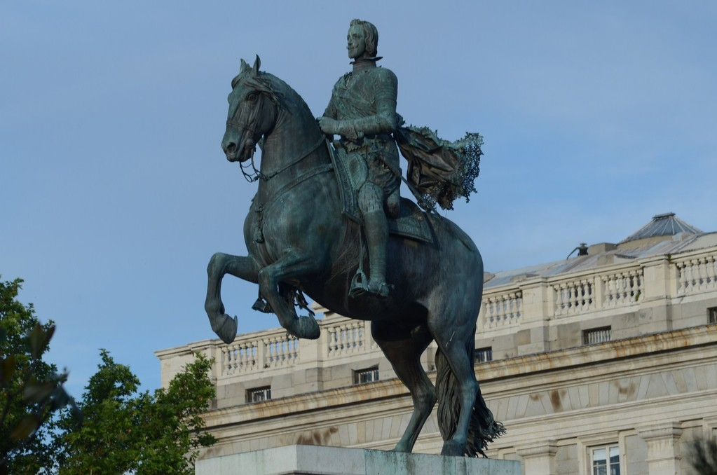 Madrid, Denkmal für König Philipp IV.(1605-1665) vor dem Königspalast (1616; Bildhauer Giovanni da Bologna und Pietro Tacca)